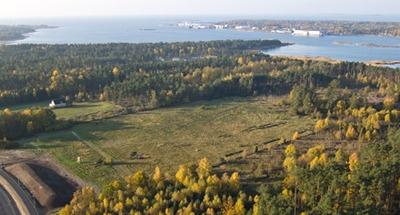 Första gången på Pinterest för mig. Jag börjar testa med en vacker gröngul höstbild över Ljungaviken och den blåa Östersjön.
