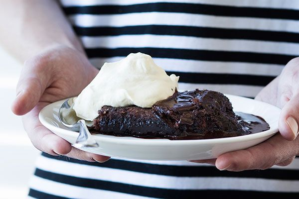 Self-saucing chocolate macaroon pudding – Recipes – Bite