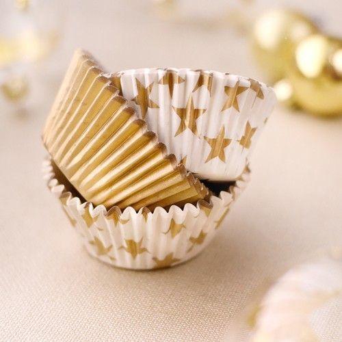 45 moules à cupcakes dorés