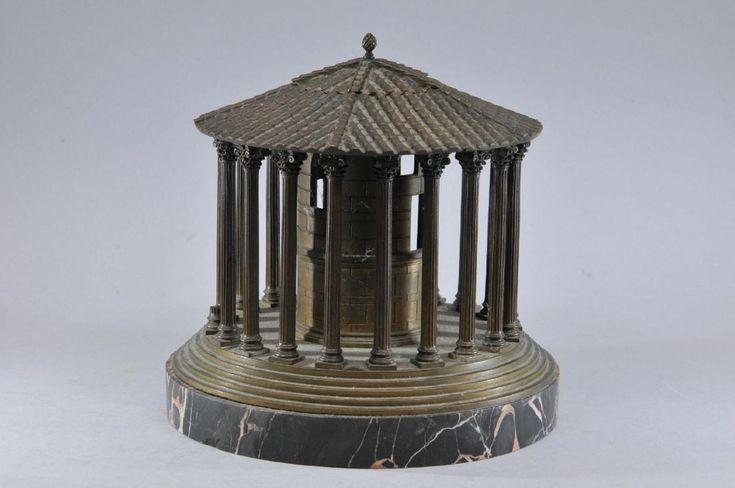 19th century Italian Grand Tour round bronze - 5