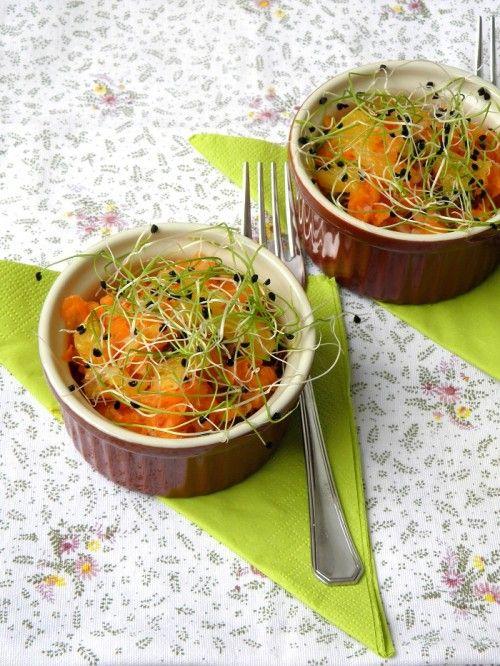 Narancsos sárgarépa-saláta csírával