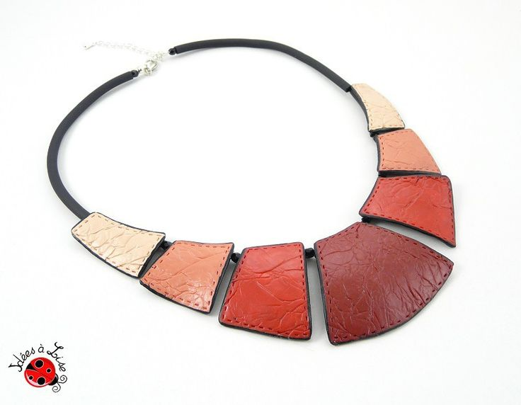 Collier plastron rouge et corail faux cuir : Collier par ideesalise