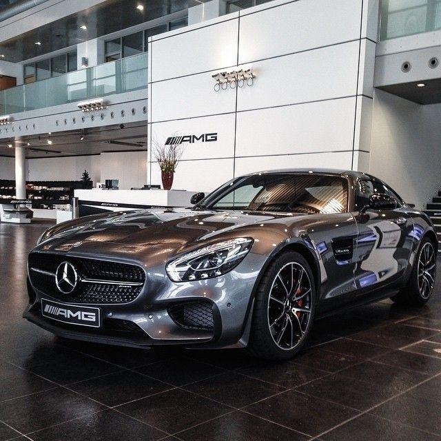 A reflection of automotive genius.  #MBPhotoCredit @rafael__weinberger