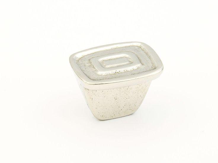 "Cast Bronze, Ovale, Rectangular Knob, 1-1/4"" diameter, Polished White Bronze finish"
