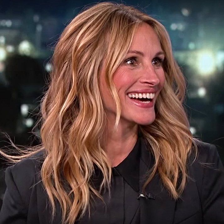 Pretty Women! Julia Roberts Meets 9 Other Women Named Julia Roberts