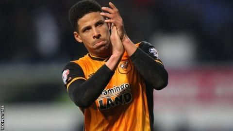 Curtis Davies: Hull City defender extends deal with Championship side