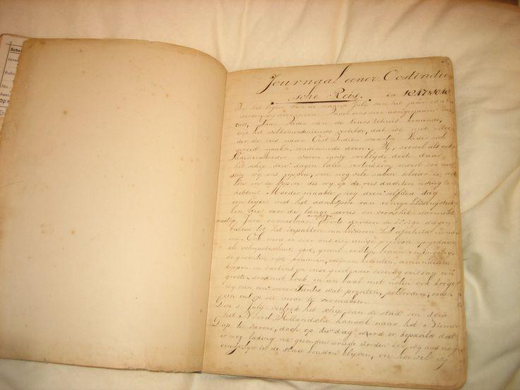 Het originele reisjournaal van Anna Abrahamsz wordt bewaard in de kluis van het Scheepvaartmuseum. Het werd op een kussen binnengebracht en ik mocht het met witte handschoenen aan inkijken... http://www.inezvanloon.com/nl_annasgrotereis.php