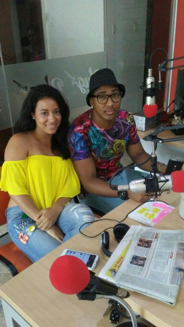 Gira de medios con OYE! DJ DANNY!! en @plugstereooficial programa #ENCHUFADOS excelente ambiente 😂🎥🎬🎛🎧