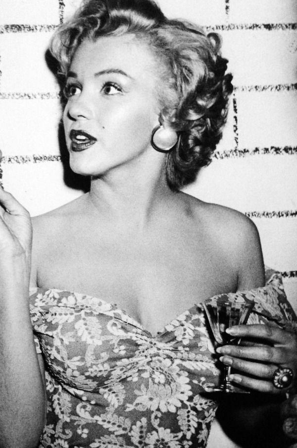 "eternalmarilynmonroe: "" Marilyn Monroe, 1952. """