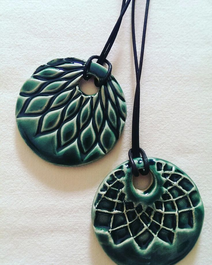 Ceramic pendants /Özlem Menekay                                                                                                                                                                                 More