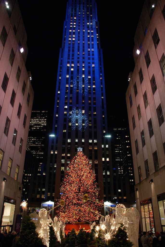 Rockefeller Center Xmas Tree '06 in 2020 New york city