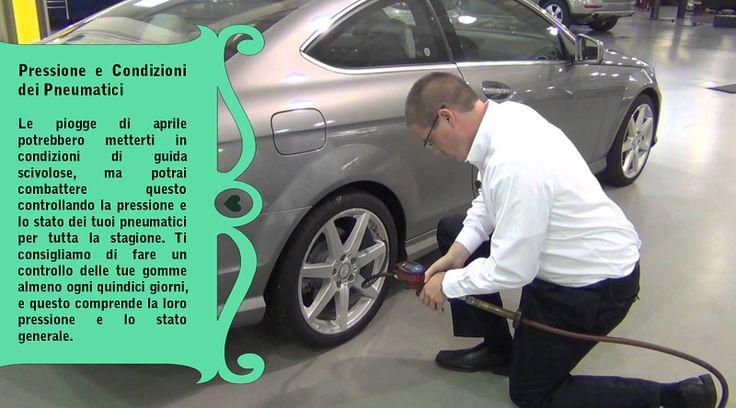 Controlla i pneumatici, tra cui la pressione dei pneumatici ed il  battistrada Un'usura irregolare indica la necessità di riallineare le ruote. Dopo una stagione in condizioni difficili, le ruote allineate correttamente ti aiuteranno a mantenerti al sicuro sulla strada. Inoltre, verifica la presenza di rigonfiamenti e punti spellati. Questi sono indicazioni che hai bisogno di comprare pneumatici nuovi. #pneumaticiinvernali