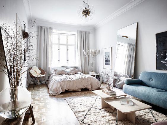 15 Ideas Of Minimalist And Simple One Room Apartment Decoratoo Apartment Interior Design Apartment Interior Apartment Room