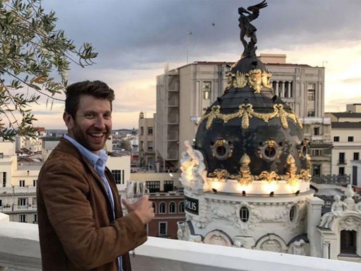 Brett Eldredge Takes A Well-Deserved European Vacation