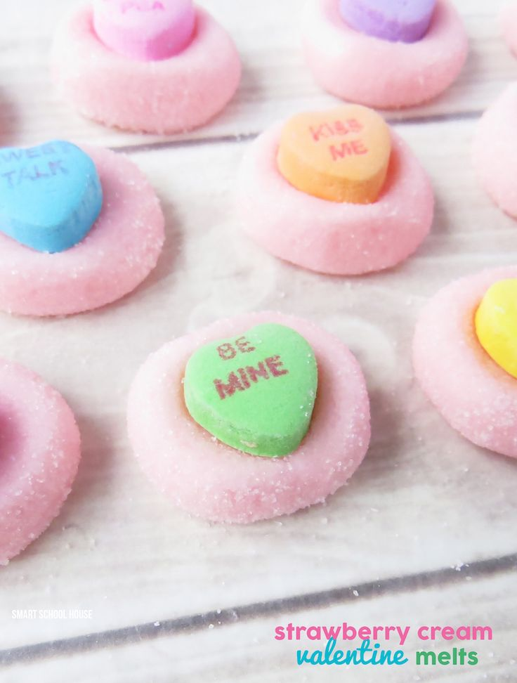 Strawberry Cream Valentine Melts- Who loves the taste of strawberry and cream? Oh good! You'll love these (pssst: and you don't have to cook a thing!).