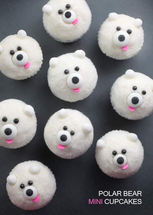 Polar bear cupcakes! :: xLaurieClarkex~ omg these would make excellent doge meme cupcakes!