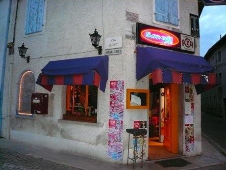Bar della Morte...my fave bar in the entire world.