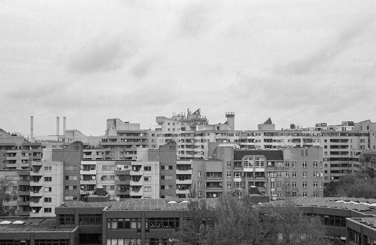 Berlin. +/-analogue. +/-digital.