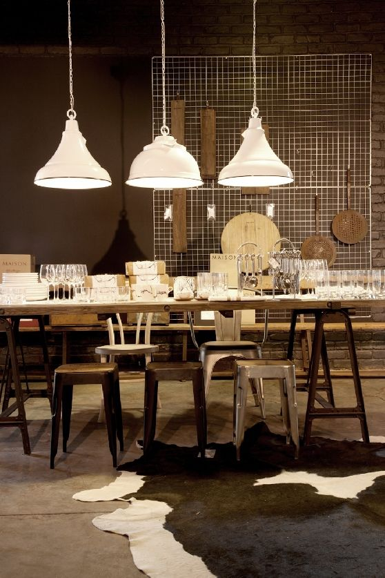 VISI Articles New Look Weylandts Stores Dining Room