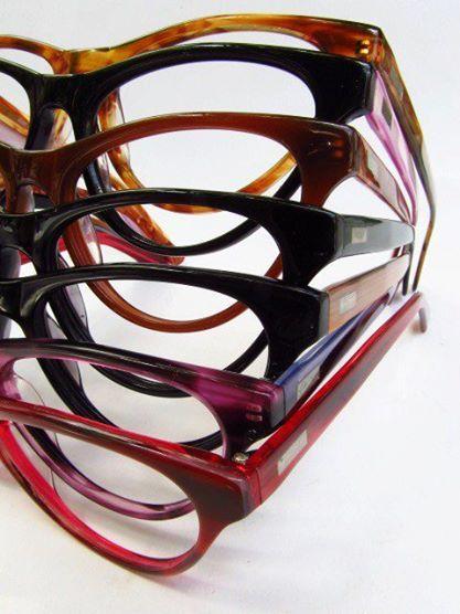 De colores lentes gato de acetato.