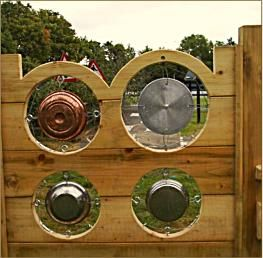 A wooden gong wall from Outer Space Playgrounds.  Interesting design.  Originally Pinned by Alec Duncan of http://childsplaymusic.com.au/