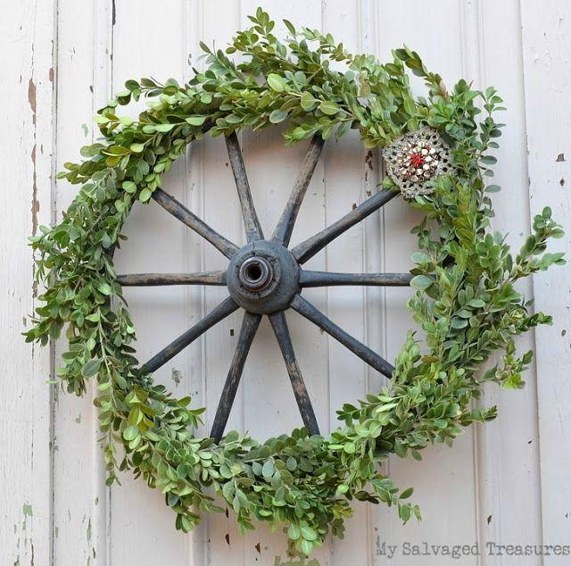 Boxwood wagon wheel wreath