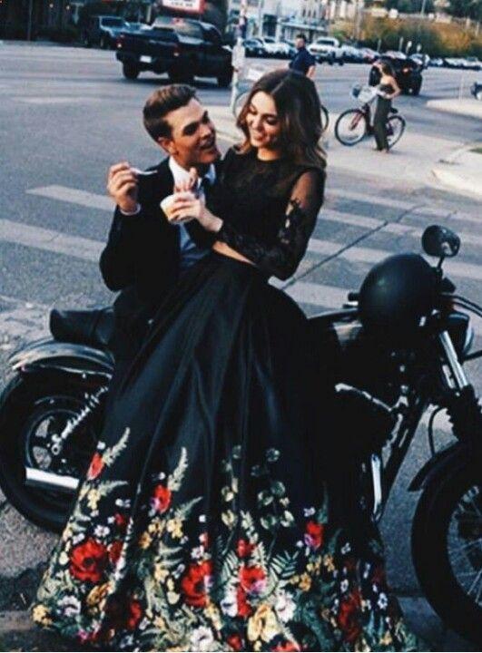 Sadie Robertson and Blake Coward Pinterest :  V E E  Elegant romance, cute couple, relationship goals, prom, kiss, love, tumblr, grunge, hipster, aesthetic, boyfriend, girlfriend, teen couple, young love