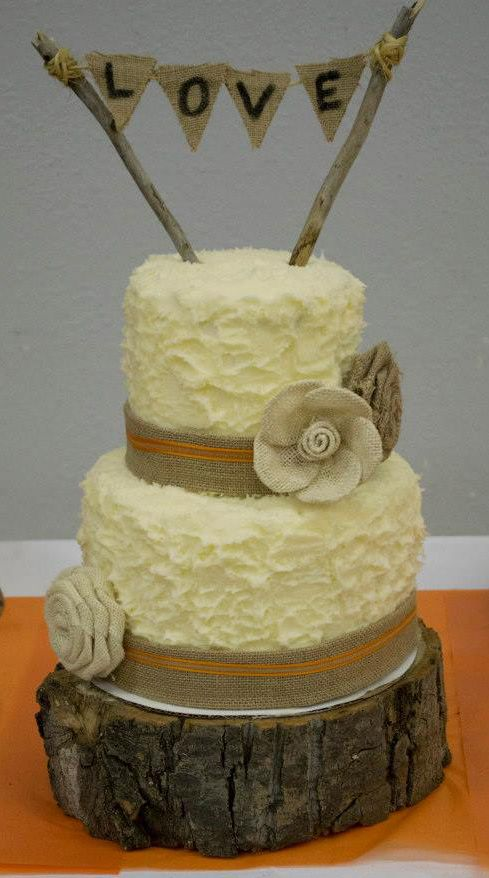 rustic wedding cake rough buttercream icing burlap ribbon and flowers burlap and twig. Black Bedroom Furniture Sets. Home Design Ideas