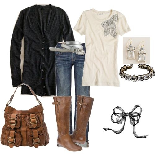 love. this is a bff weekend outfit for sure.Fall Clothing, Fall Outfit Ideas, Fashion, Casual Outfit, Black Boots, Comfy Casual, Brown Boots, Bags, My Style