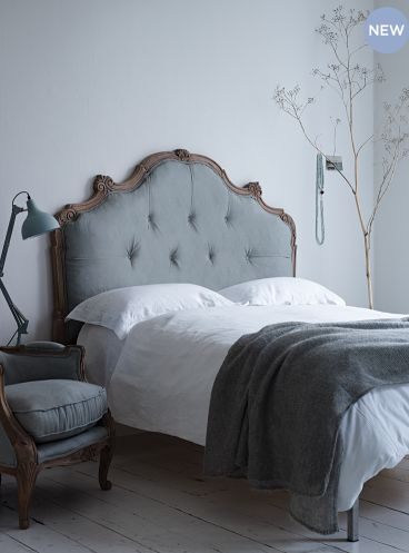Bedroom in the perfect shades of my favorite colors and this lovely bed... / lovelylife.se/beautiful-living