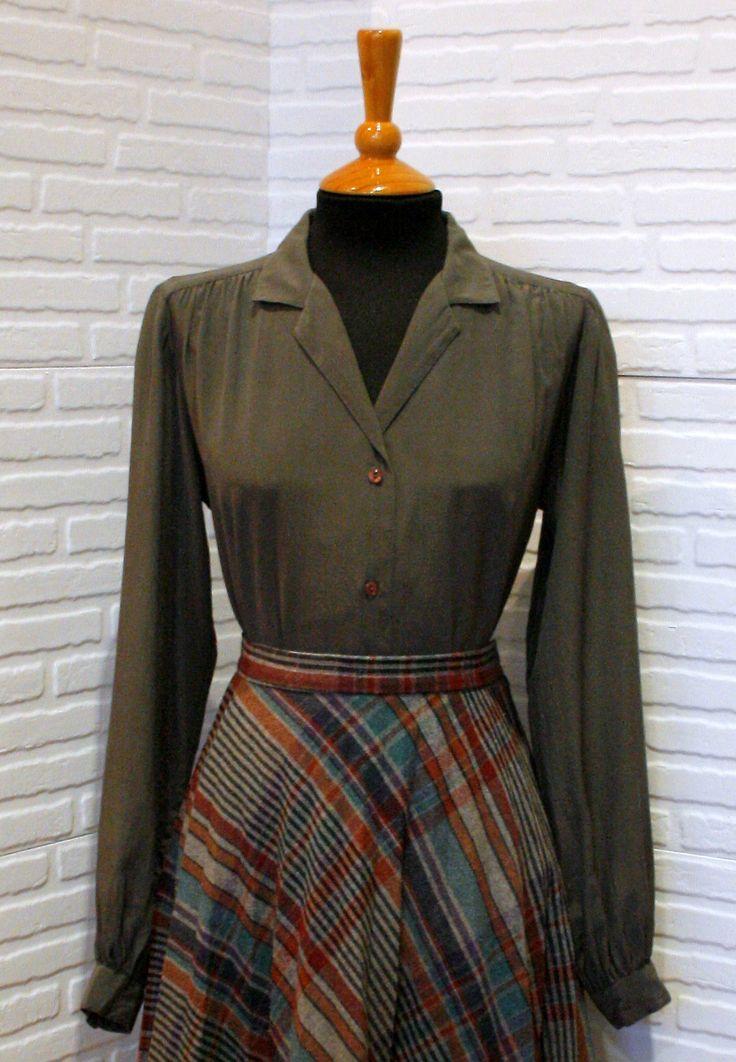 Blusa vintage de seda.