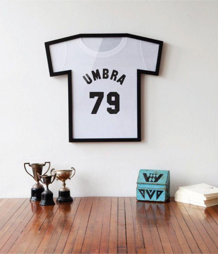Cadre pour t shirt by Umbra