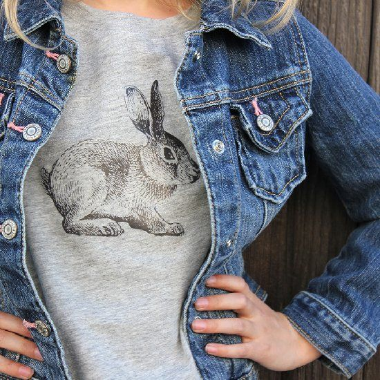 DIY (free printable) iron-on vintage bunny transfer