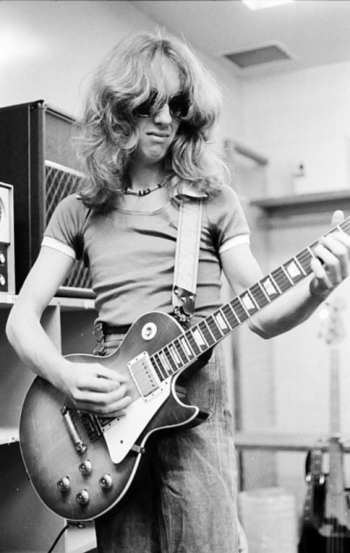 Brad Whitford of Aerosmith backstage in 1976