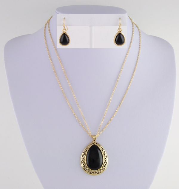 Nickel-Free 14KT Yellow Gold Ep Faux Black Onyx Cabochons Earring & Necklace Set