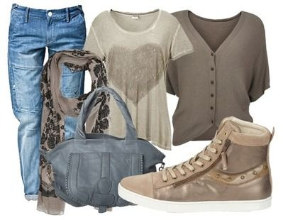 Perfect soccer mom outfit