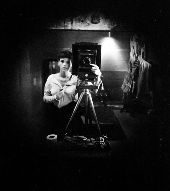 Sally Man, Selfportrait 1974.  Sally Mann is an American photographer,born in Lexington, Virginia,  best known for her large black-and-white photographs—at first of her young children, then later of landscapes suggesting decay and death.