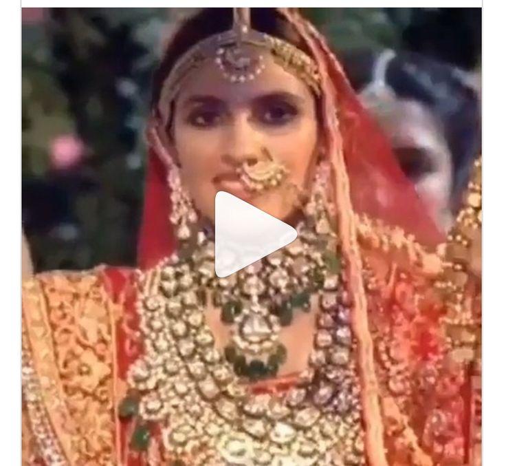 Inside video Akash Ambani's Epic Reaction On Seeing