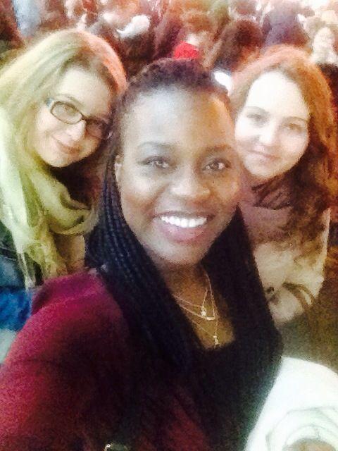 Going out with my girls... flat mates to Hyde Park - Winter Wonderland on the weekend :) It was really really great.... még sohasem volt am egy ekkor óriási karácsonyi vásáron :) mindenképpen megyunk megint :) Pusssszy