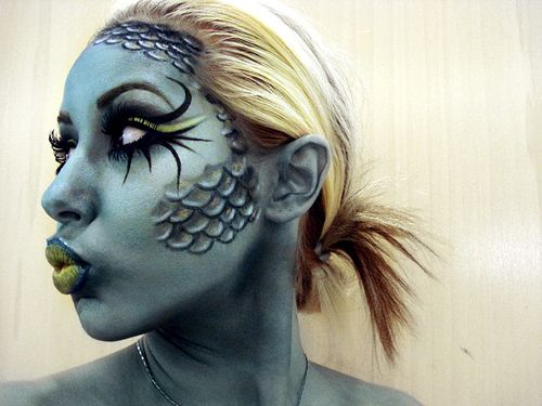 fish face makeup (halloween): Costumes Makeup, Halloween Costumes, Makeup Halloween, Body Paintings, Faces Paintings, Halloween Makeup, Faces Makeup, Fish Faces, Mermaids Makeup
