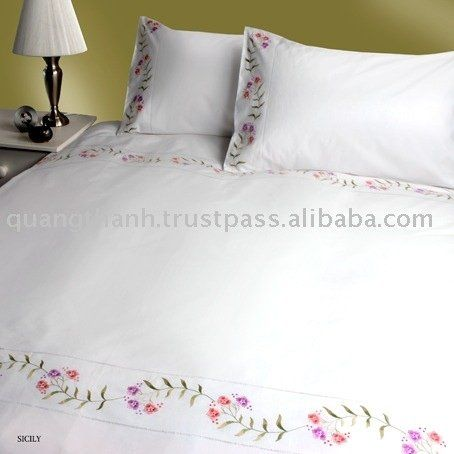 Arabic Hand Embroidery  Hand_embroidery_bedding_setjpg
