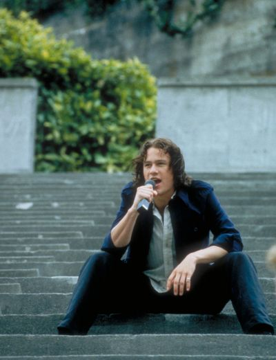 the moment every girl fell in love with heath ledger