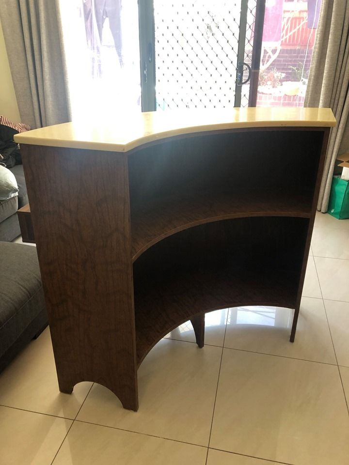 Https Www Facebook Com Marketplace Sydney Search Callsite Commerce Mktplace Www Hoisted Pdp With Images Home Decor Decor Corner Desk