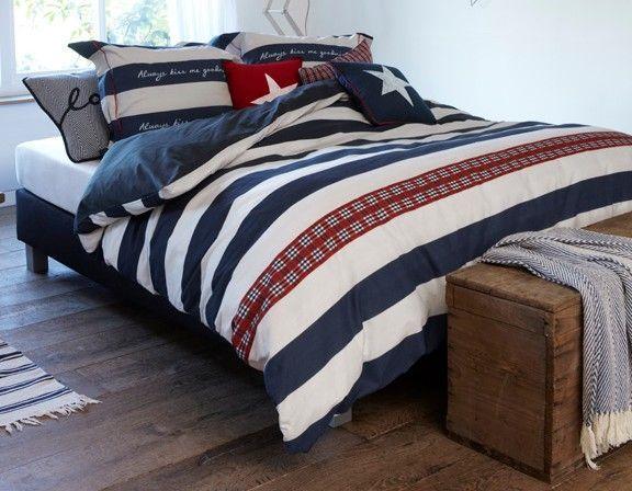 At Home With Marieke Dekbedovertrek Kiss me Goodnight navy