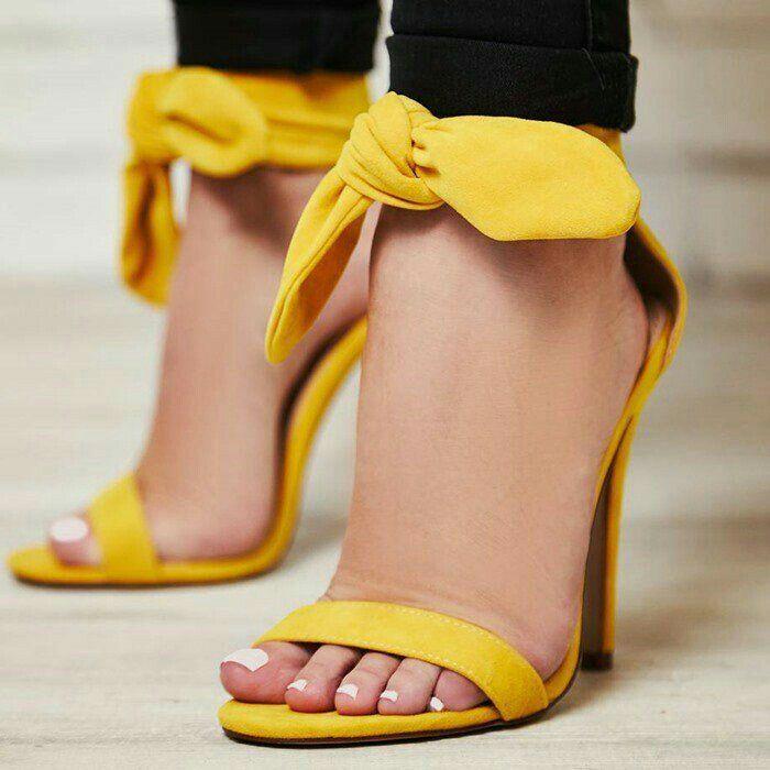 25 Best Giantess Feet Images On Pinterest Crushes High