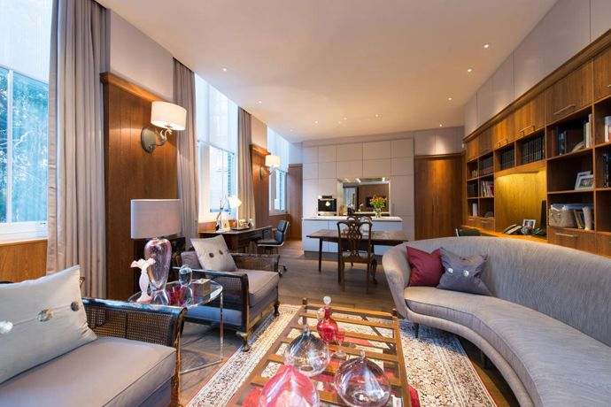 Roof Terrace And Private Parking For A Luxury Apartment, London