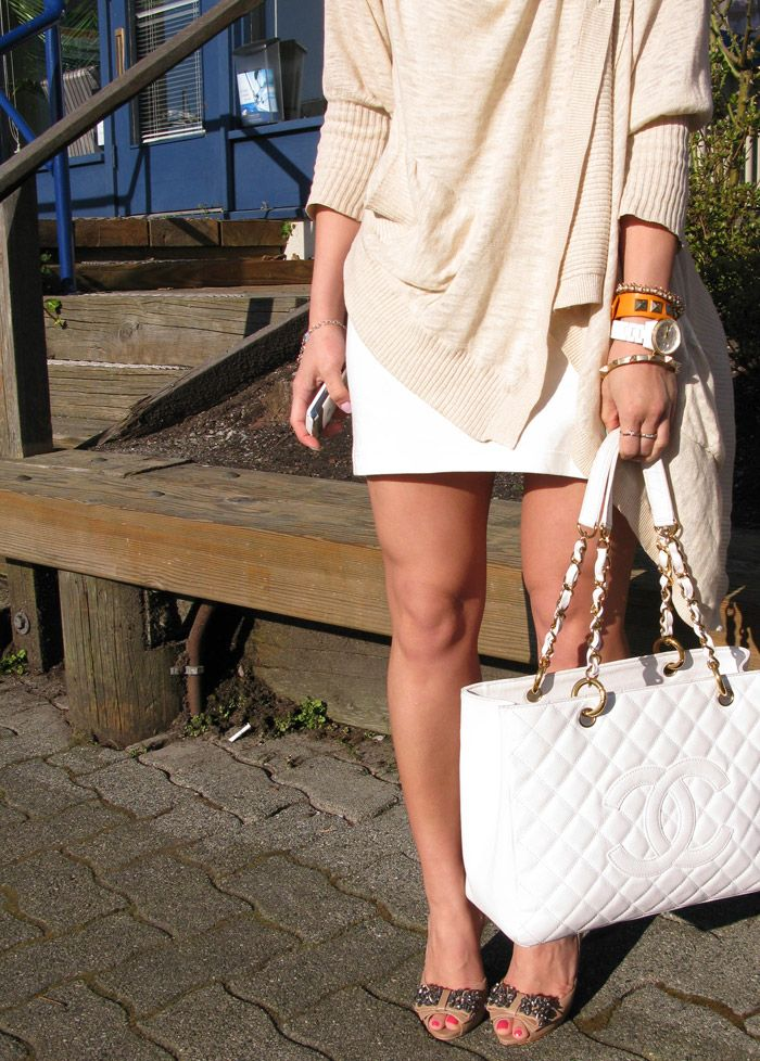 Best 25 Chanel Tote Ideas On Pinterest Luxury Bag