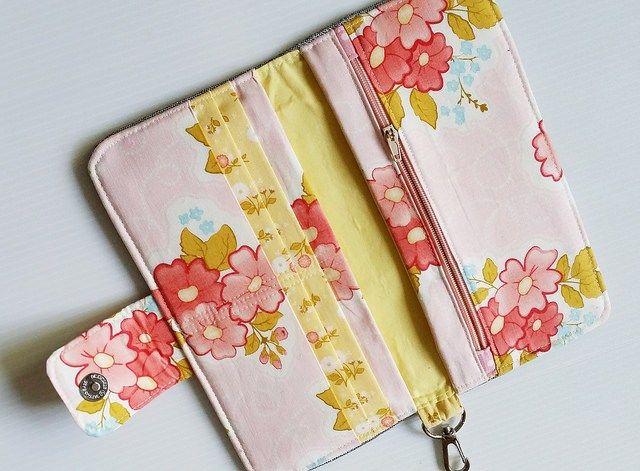 Girfriend's wallet Pattern on Craftsy
