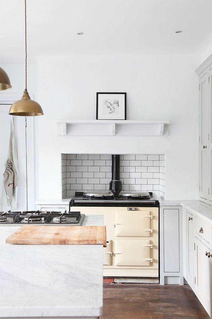 12 kitchen design rules to break in 2016 design kitchen for Kitchen design rules