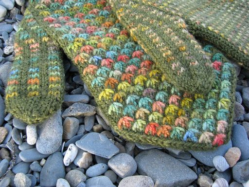 Just in time for the colder months--these will be fun to make and cozy to wear!